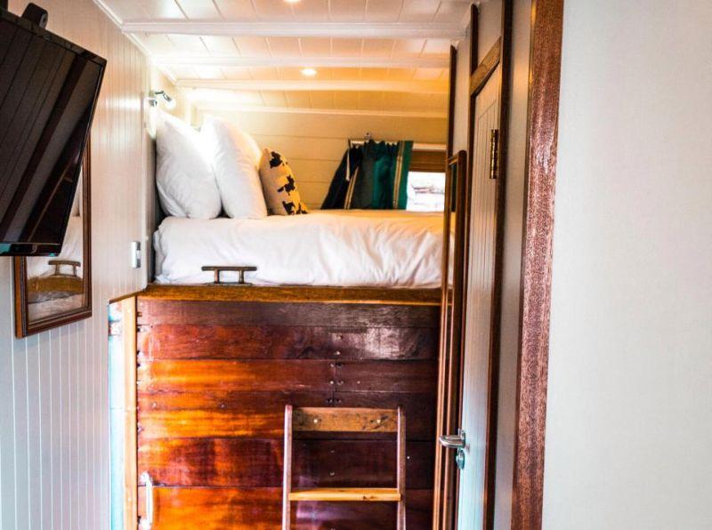 Старые коневозы превратили в отель