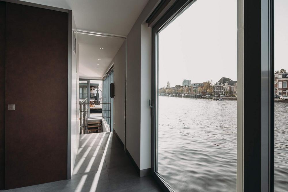 Вилла на воде в Нидерландах