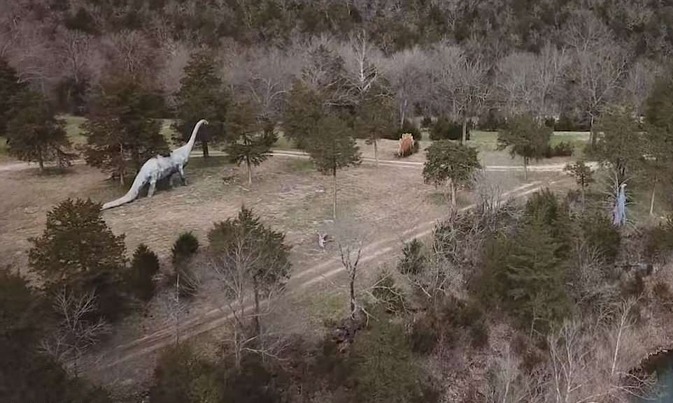 Заброшенный парк динозавров в Арканзасе