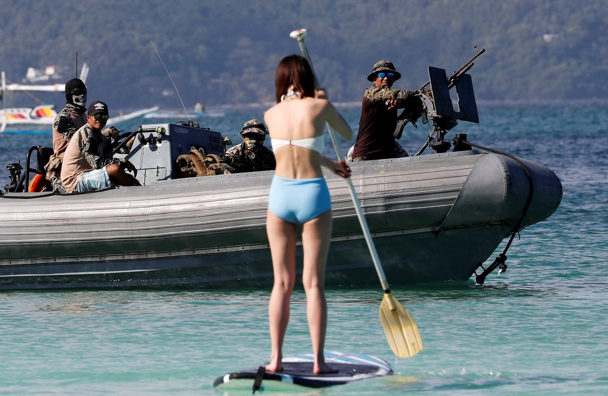 Филиппинский остров Боракай закрыли для туристов