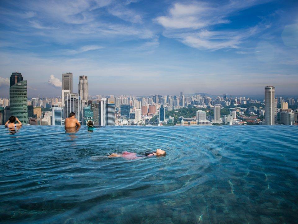 10 самых дорогих для проживания стран мира