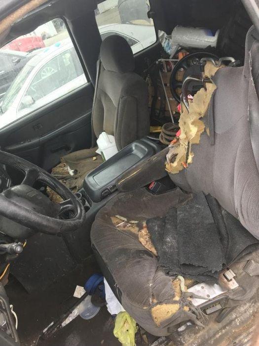 Автомобили-свалки из США