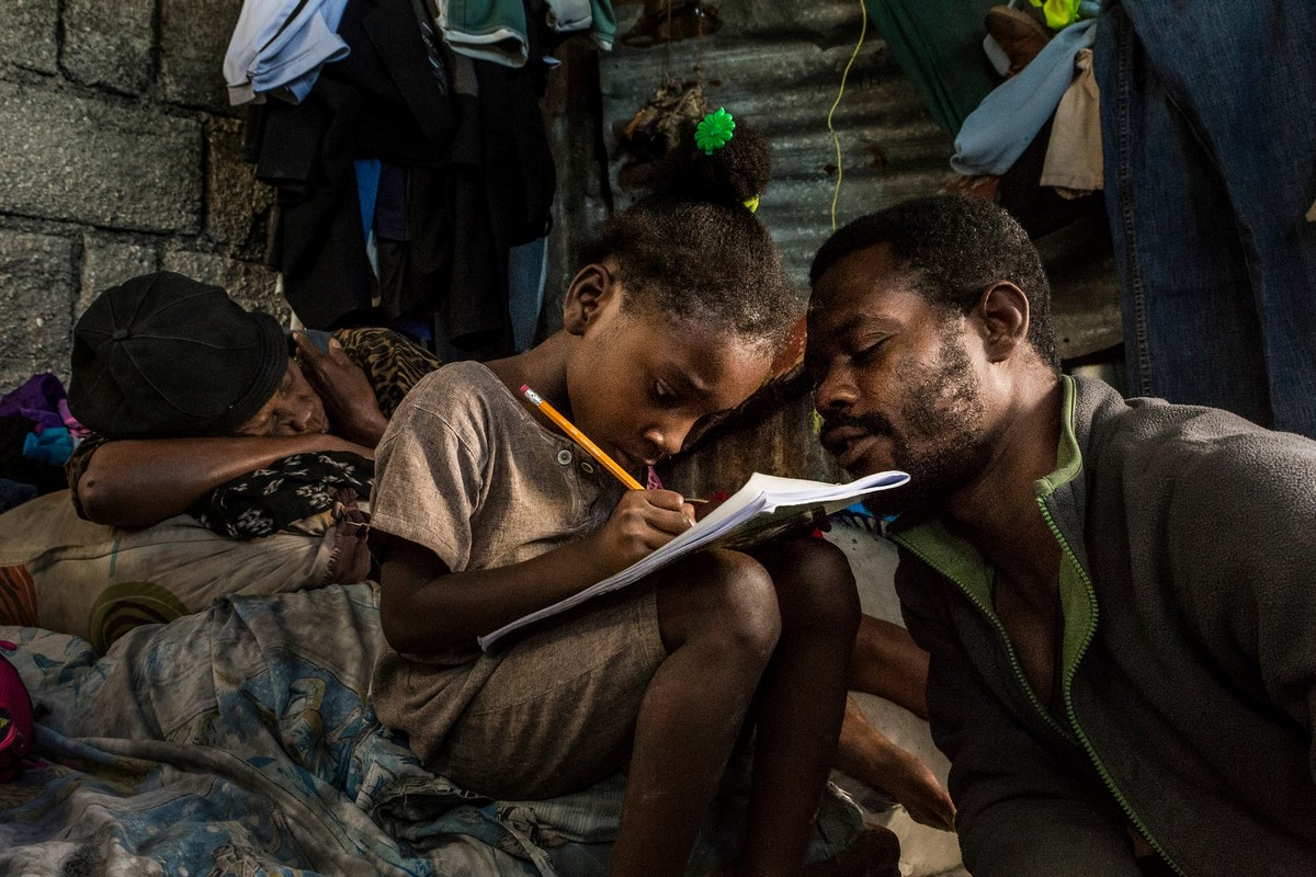 Жизнь в крупнейших трущобах Гаити