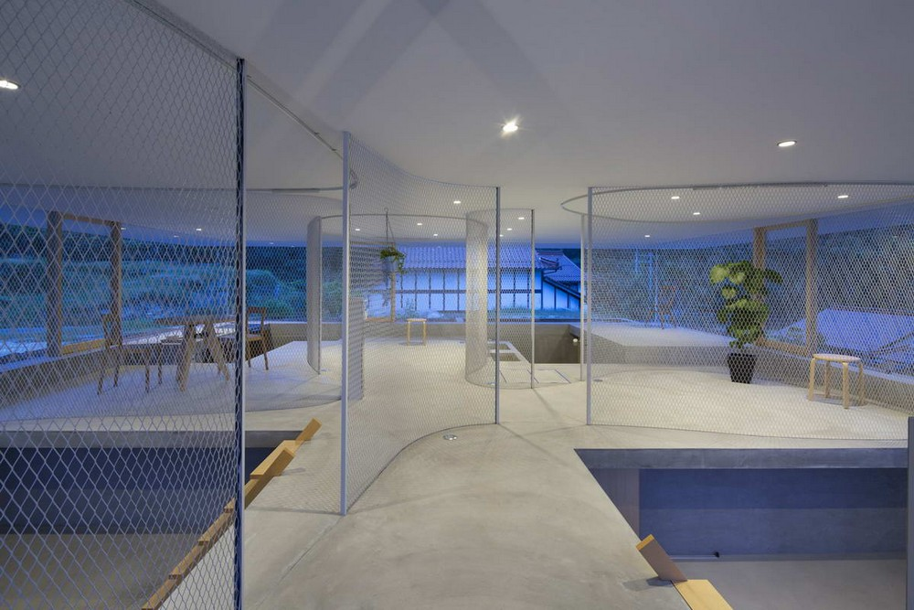 Прозрачный загородный домик в Хиросиме