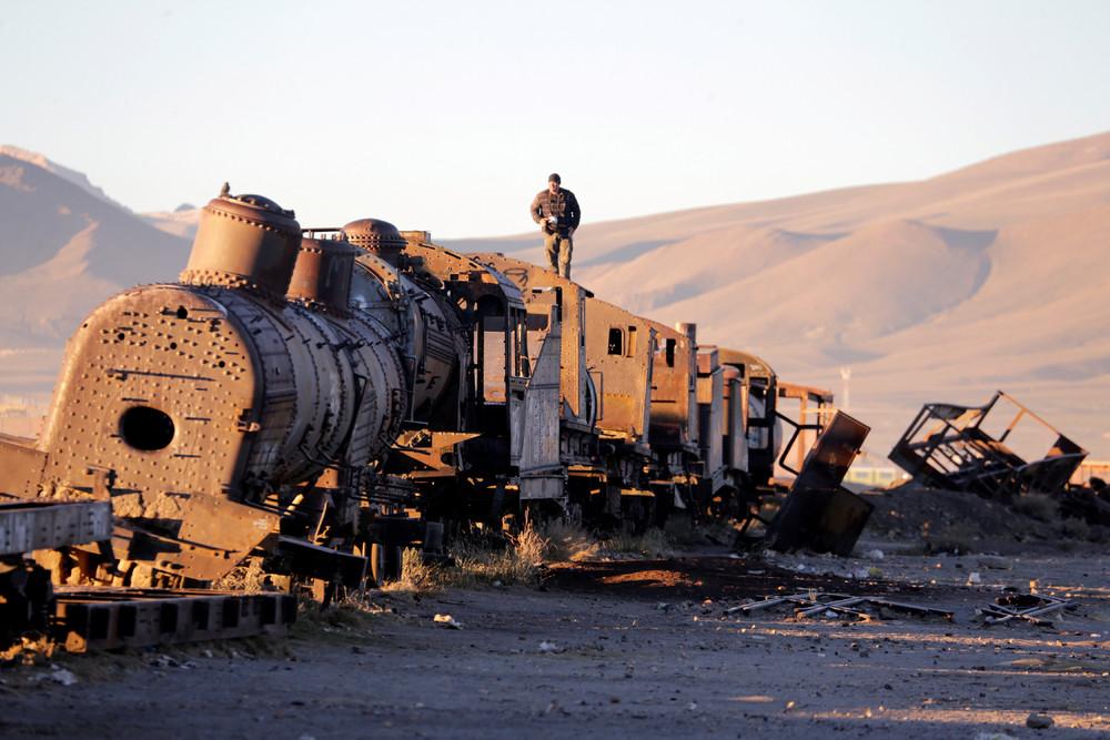 Кладбище поездов в Боливии