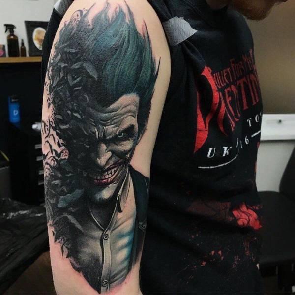 Реалистичные татуировки
