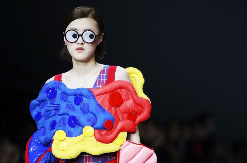 Творения новоиспеченных китайских модельеров