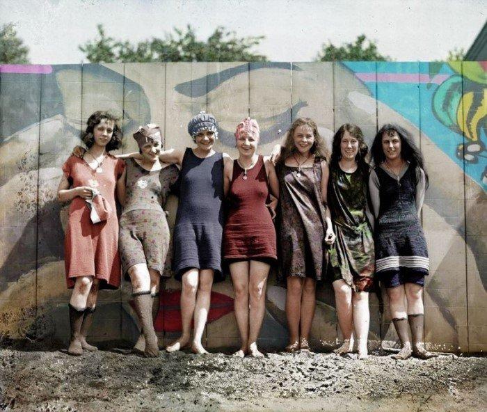 Раскрашенные снимки победительниц конкурсов красоты 1920-х годов