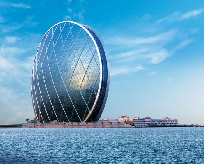 Фантастические здания из разных стран
