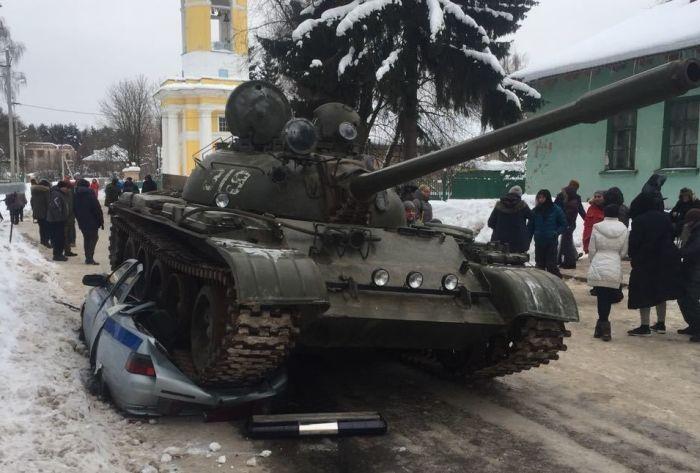 Различные аварии с танками