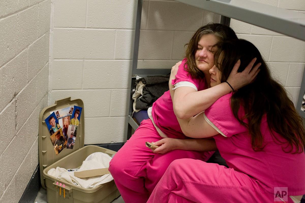 Женщины-заключенные в тюрьме округа Кэмпбелл