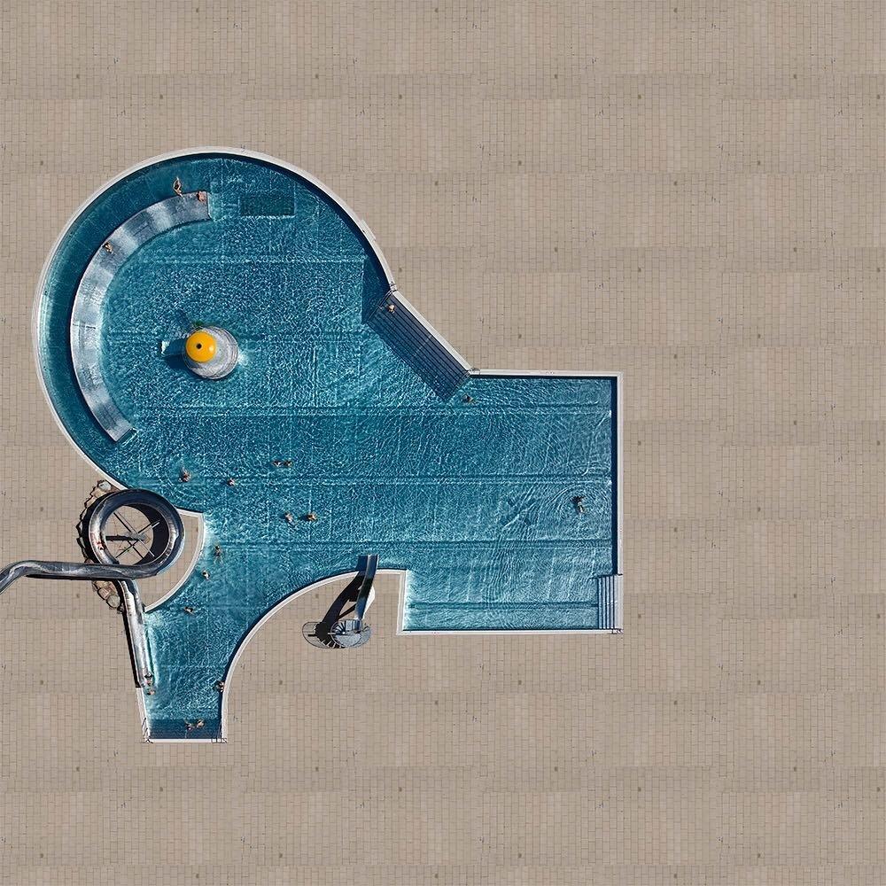 Фотографии бассейнов с высоты от Стефана Цирвеса