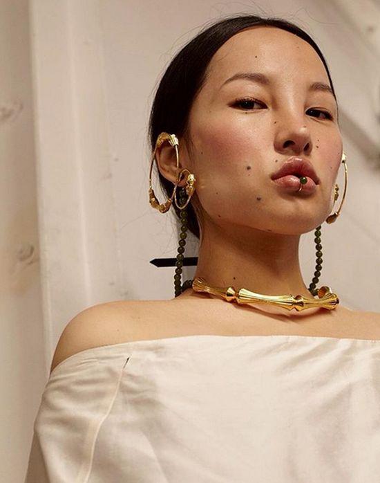 Тибетская модель Цунайна с очень необычной красотой