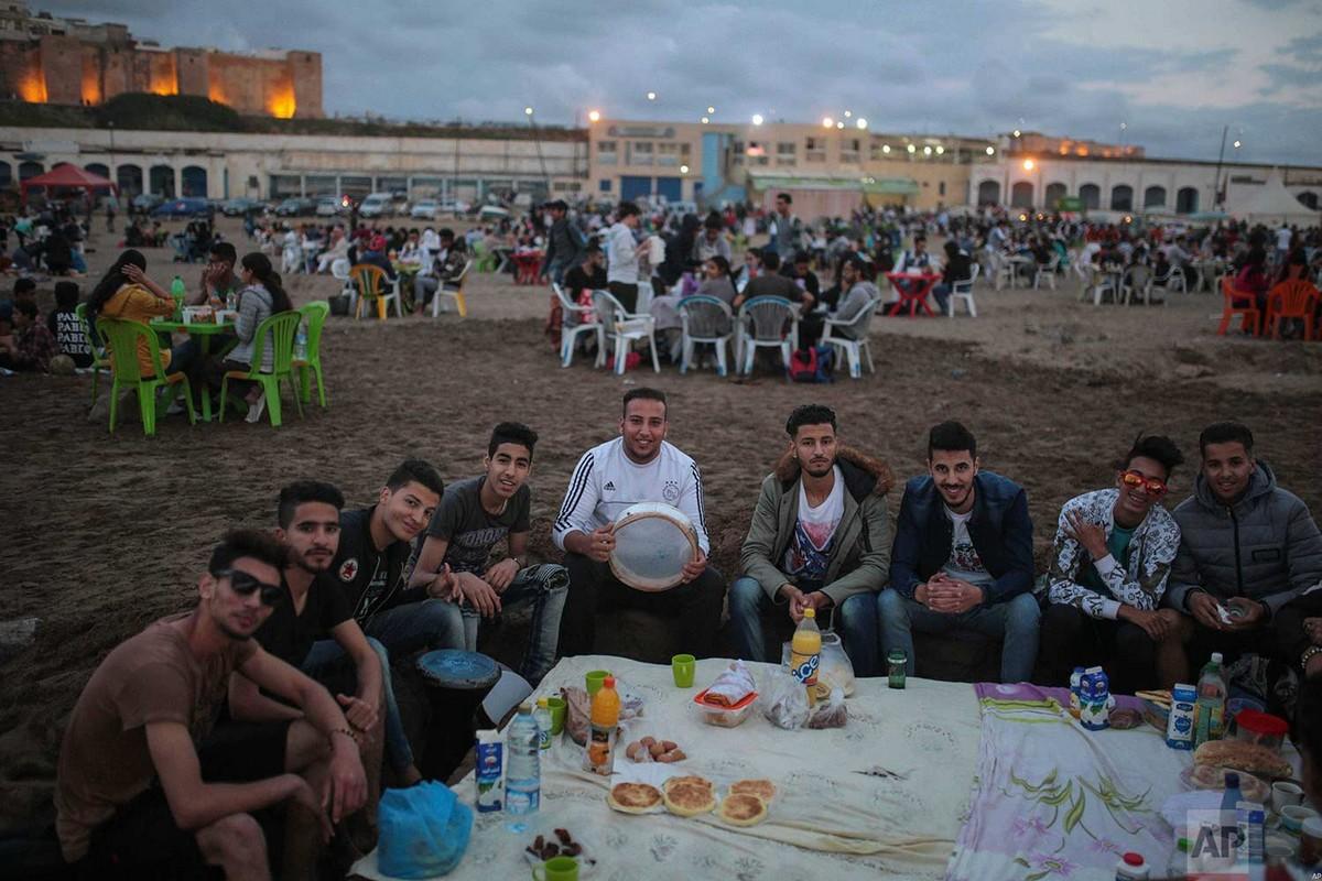 Пляжи Марокко во время Священного месяца Рамадан