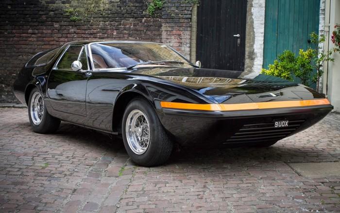 На продажу выставлен эксклюзивный Ferrari 365 GTB/4