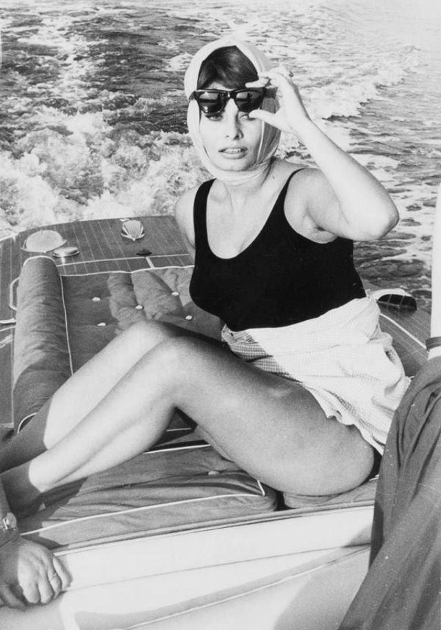 Софи Лорен и её подмышки