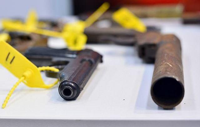 Незарегистрированное оружие, собранное полицией