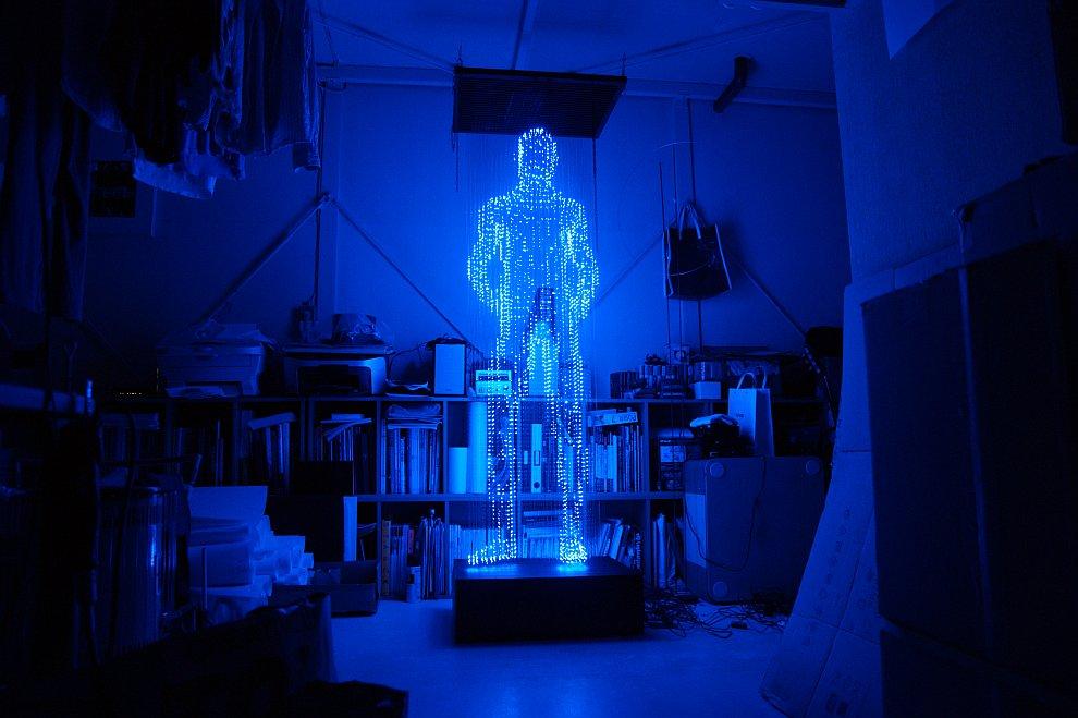 Скульптуры из светодиодов от Макото Тоджики