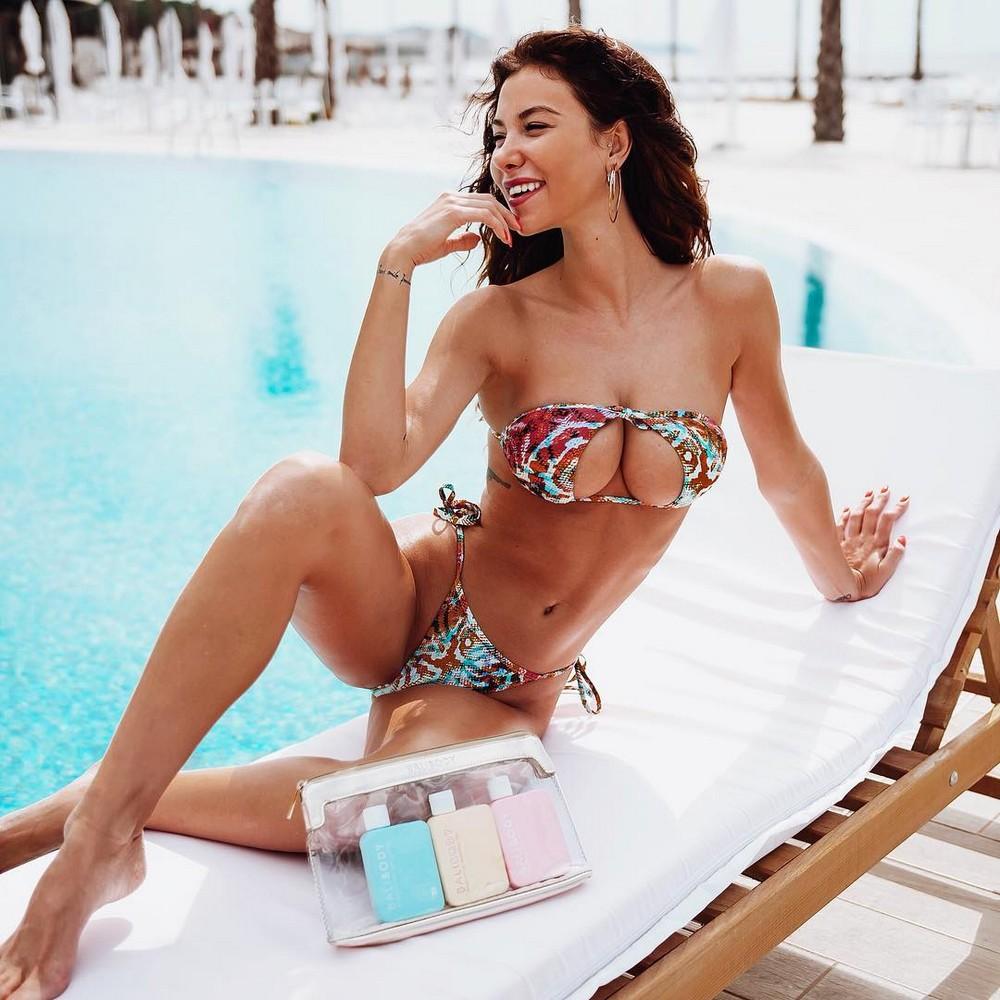Перевернутые бикини - новый пляжный тренд