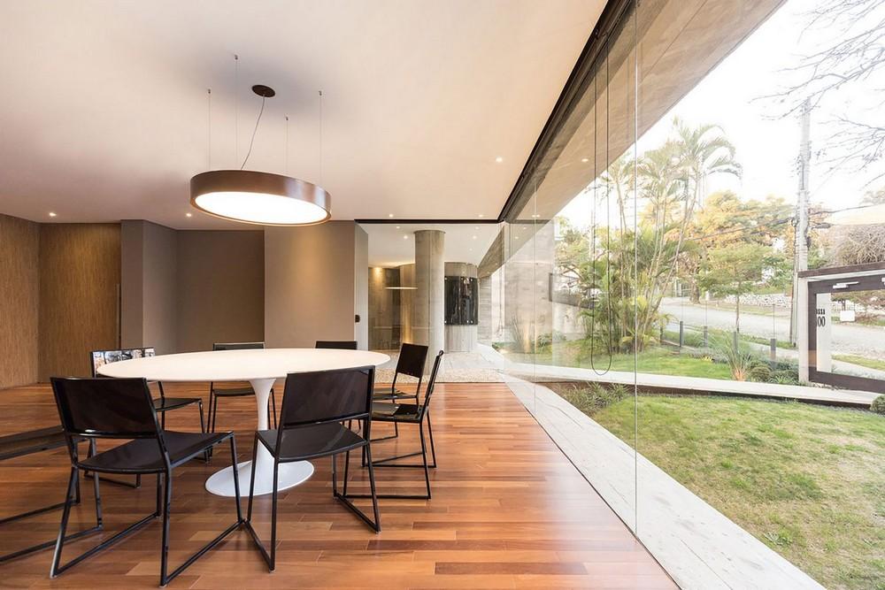 Апартаменты из бетона и стекла в Бразилии