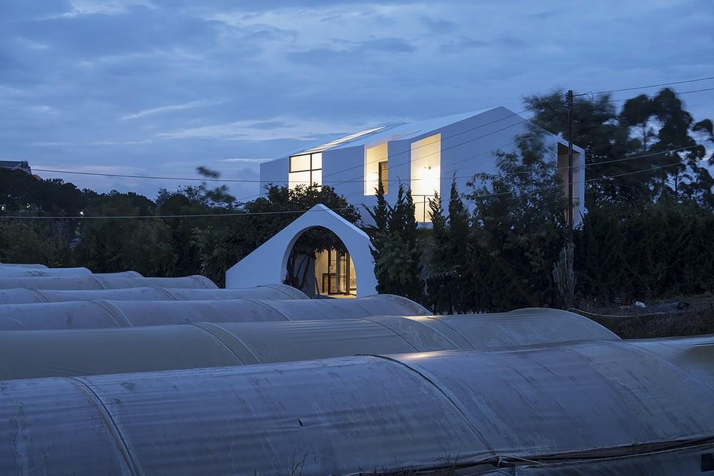 Дом-мост во Вьетнаме