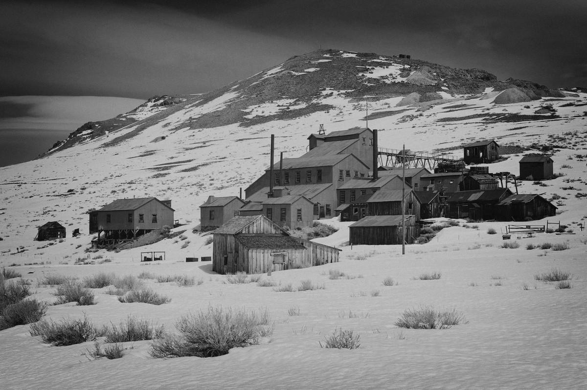 Город-призрак Боди на черно-белых фото Филиппа Молкана