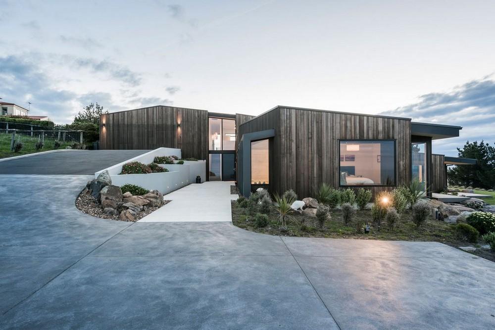 Дом на вершине холма в Новой Зеландии