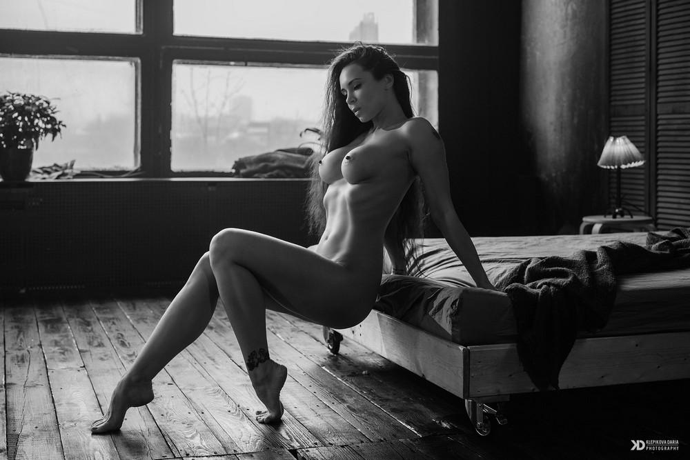 Снимки в жанре Ню от Дарьи Клепиковой