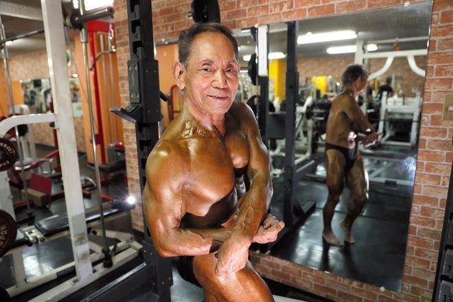 81-летний культурист доказывает, что никогда не поздно заняться своим телом