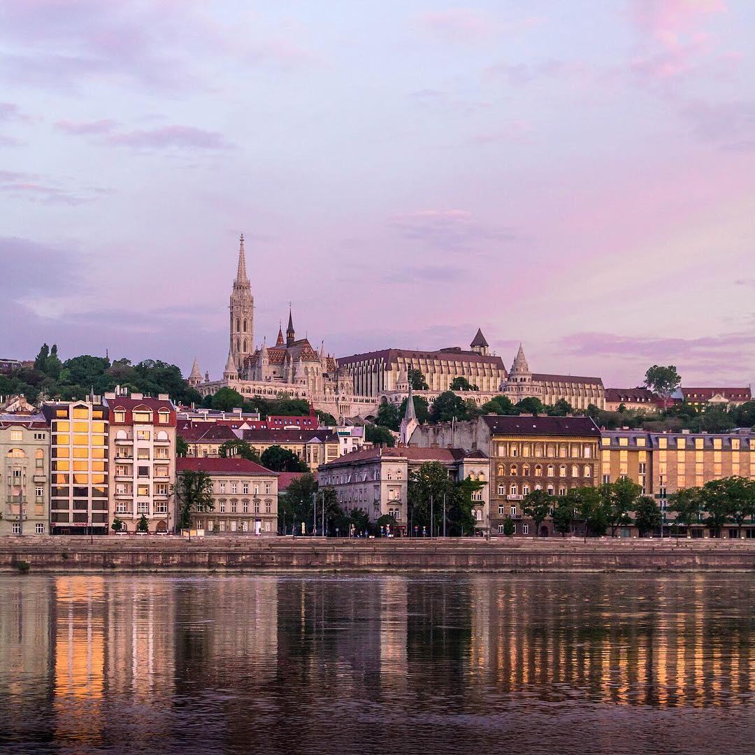 Красивые снимки городов от Анны Иллес