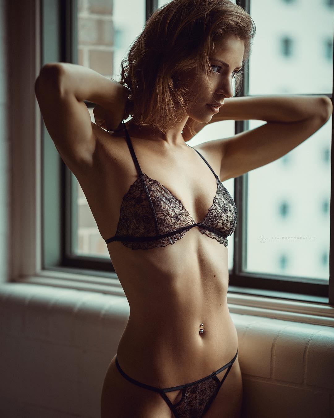 Красивые девушки на снимках Жюльена Фишера