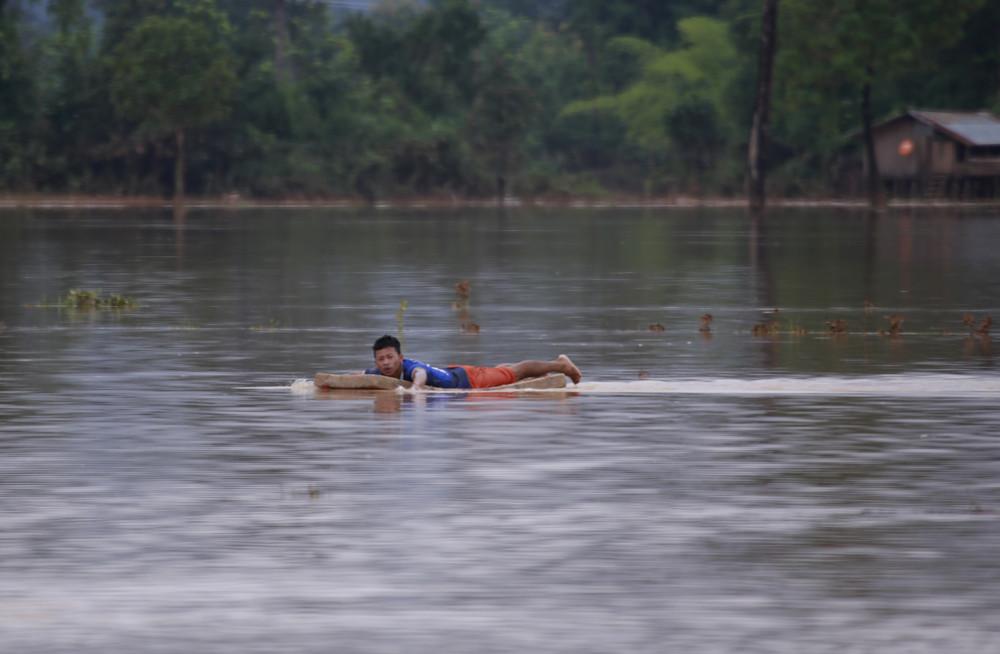 Последствия прорыва дамбы в Лаосе