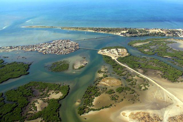 Удивительный остров, состоящий из ракушек