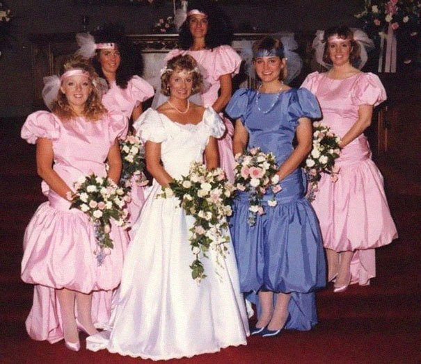 Смешные и нелепые наряды подружек невесты