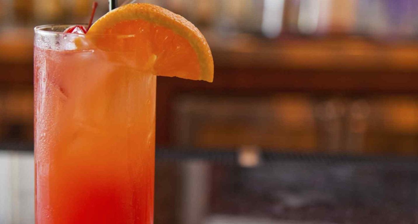 Поклонникам алкогольных напитков посвящается! или несколько историй о том, как появились ваши любимые коктейли