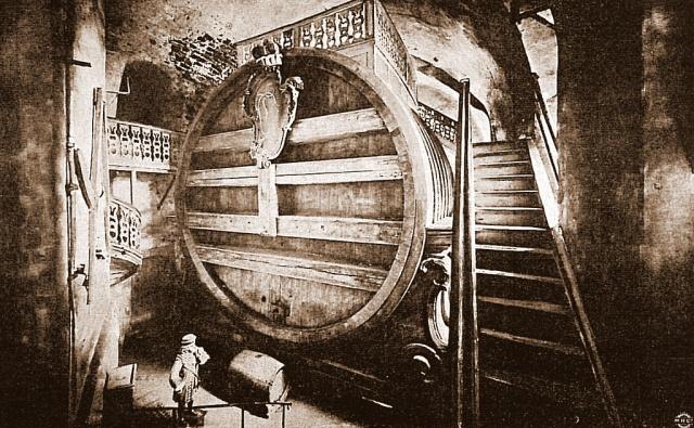 Самая большая в мире бочка для вина, построенная в 1751 году