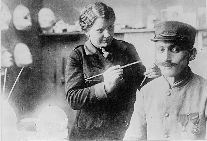 Скульптор, которая делала новые лица солдатам во время Первой мировой войны