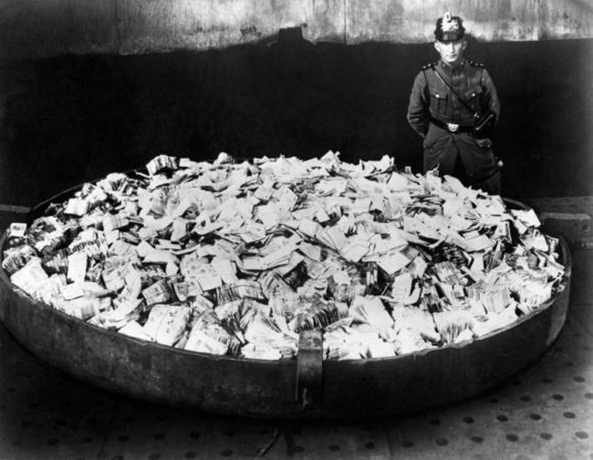 10 интересных фактов о фальшивых деньгах