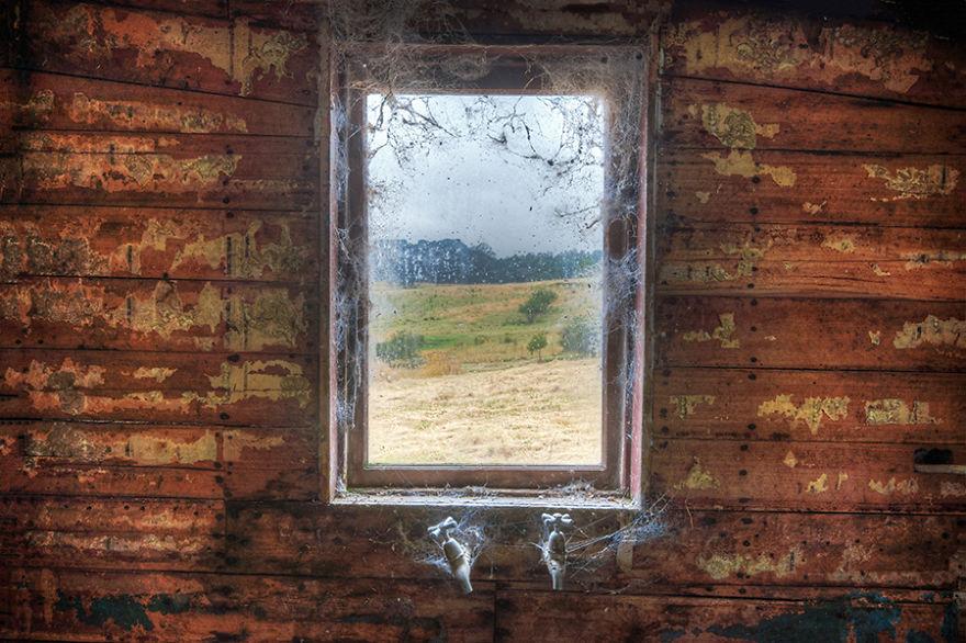 Вид из окон, к которым не подходили более 200 лет