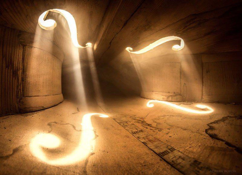 Удивительные фото, сделанные внутри виолончели