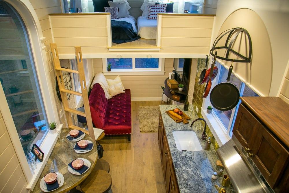 Уютный домик на колёсах