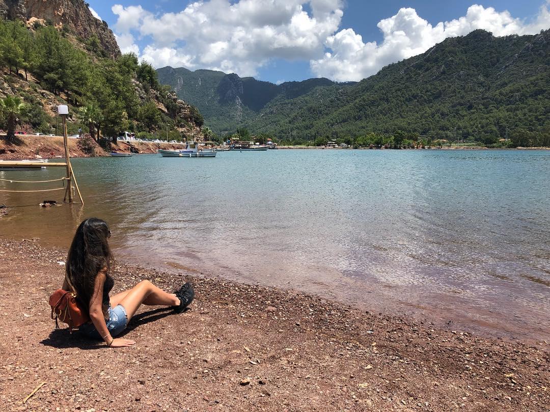 Американская учительница путешествует более 3 месяцев в год