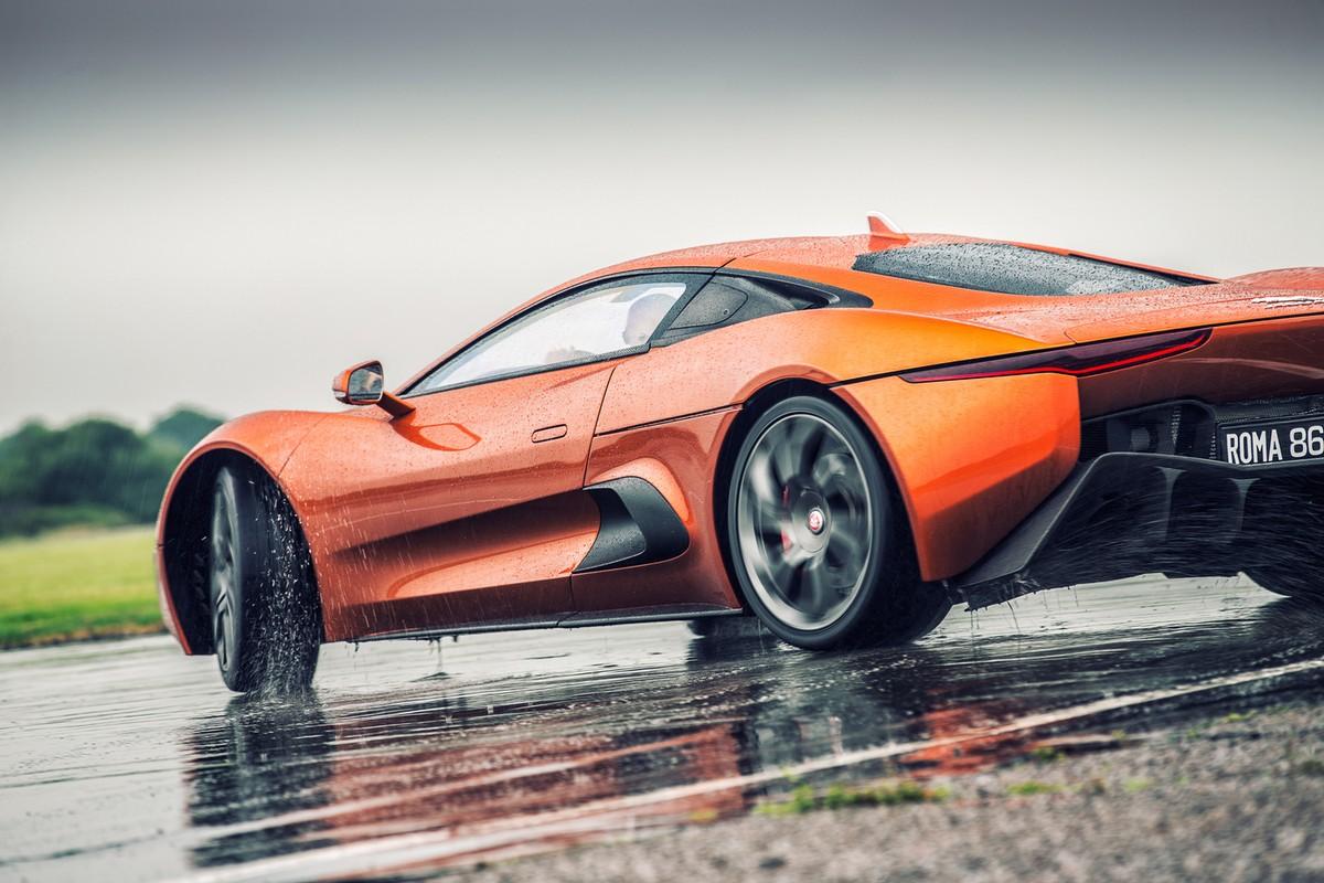 Креативные автомобильные снимки от Ричарда Пардона