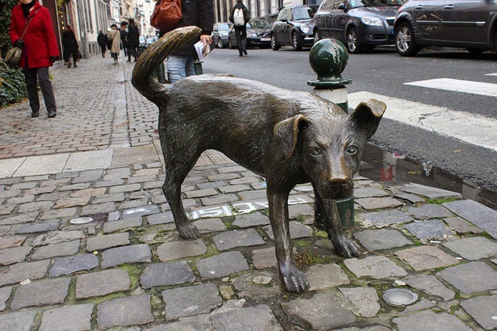 Писающие статуи Брюсселя