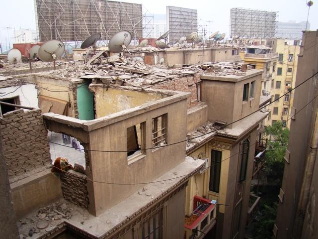 Почему в Египте так много домов без крыш