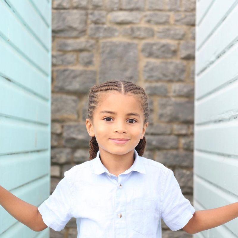 Благодаря невероятной копне волос 6-летний пацан зарабатывает деньги