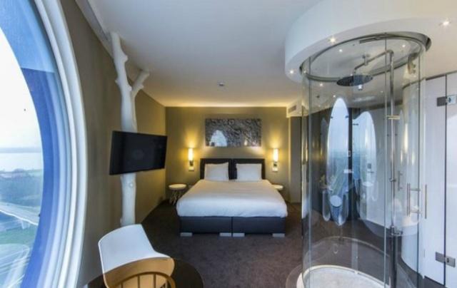 Необычный номер в отеле в Амстердаме