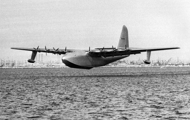 Самая большая деревянная летающая лодка