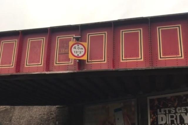 Шотландский мост превратил несколько Ranger Rover в кабриолеты