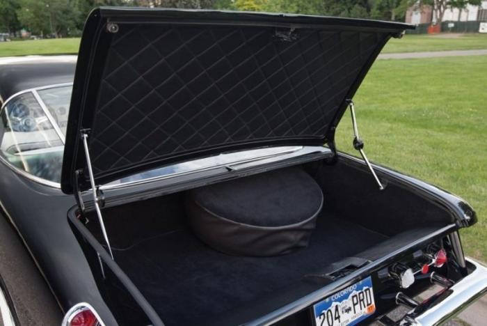 Dual-Ghia Convertible: автомобиль Френка Синатры
